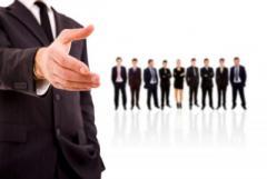 сүлжээ дэлгүүрт  худалдагч,касс, хяналтын ажилтан, машинтай хүргэлтийн ажилтан сургаж ажилд авна.