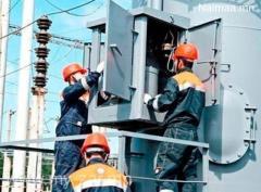 Барилгад цахилгаанчид, цахилгааны туслах ажилд авна.N